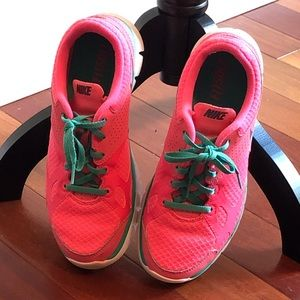 Nike Shoes Size 8m